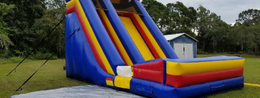 What To Expect When Renting An Inflatable Water Slide